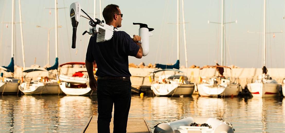 Ein Minn Kota als Flautenschieber ist für dein Segelboot immer die richtige Wahl.