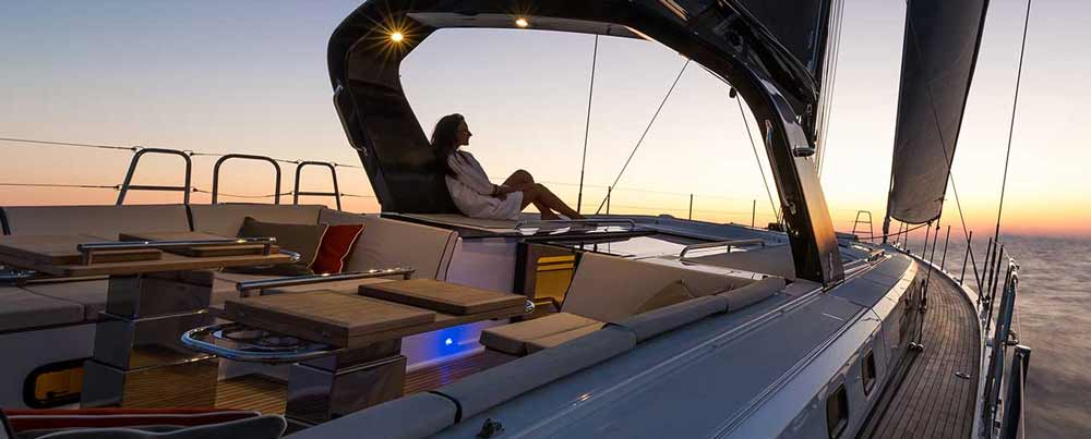Die Vorteile von Autopiloten für Boote sind enorm. Hier erklären wir die unterschiedlichen Typen