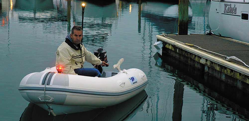 Railblaza Boots Halterungen sind auch für Schlauchboote perfekt, da sie geklebt werden können.