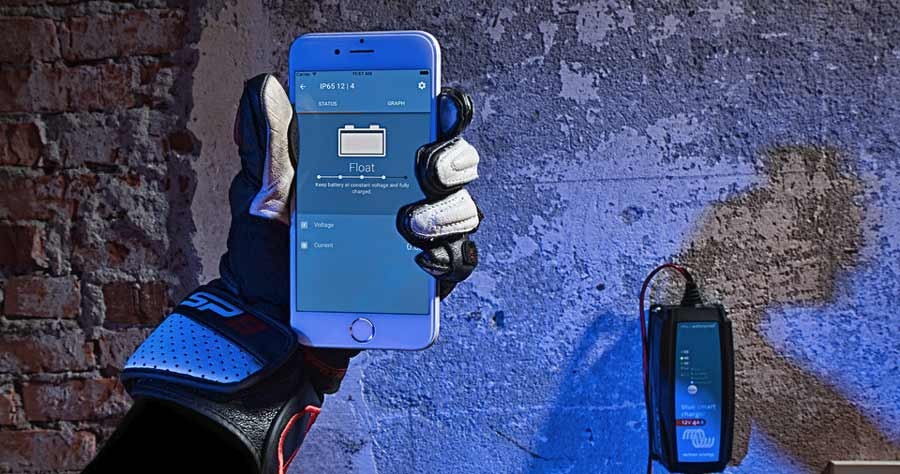 Victron Energy Blue Smart IP 65 Ladegeräte aus der Ferne per Bluetooth und VictronConnect überwachen.
