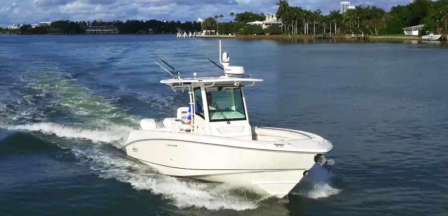 Für dein Angelboot ist Radar von Raymarine die perfekte Wahl. Erkenne jagende Seevögel auf viele Kilometer und laß dich zum großen Fang führen.