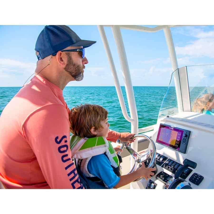Simrad Cruise 9 Kartenplotter mit 83/200-Geber