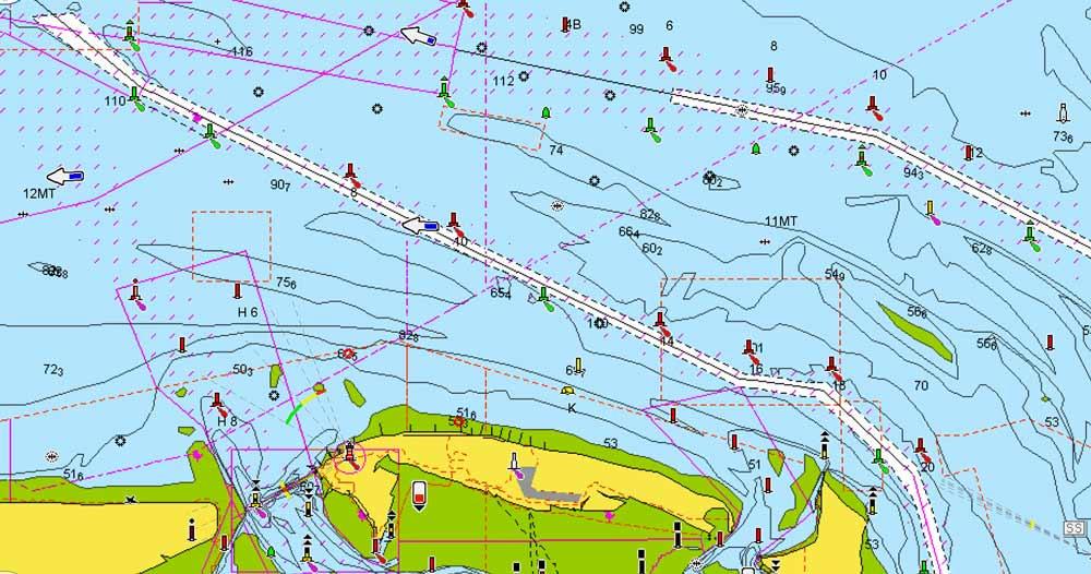 Digitale Seekarten von Navionics C-Map oder Humminbird Autochart für Segler, Angler und Profis.