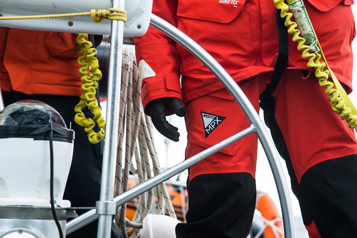 Die Musto MPX Seglerbekleidung