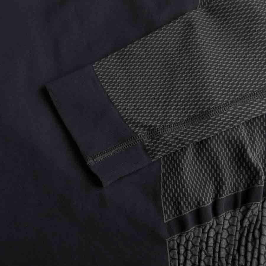 MUSTO Active Base Layer Zip Neck Top